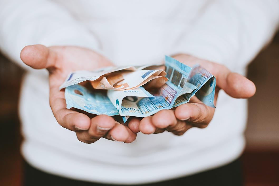 Imagen de la noticia ¿Necesitas un plan de pensiones o una televisión?